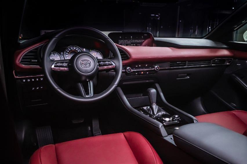 Mazda3 edition100