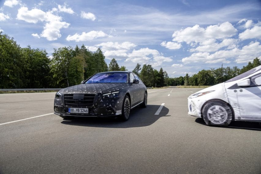 Mercedes-Benz equips new S-Class with top latest safety tech