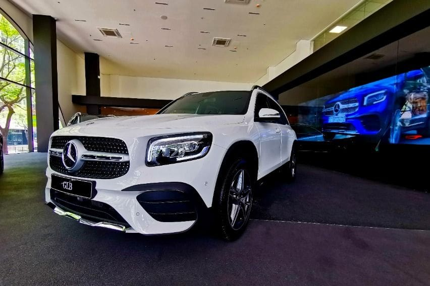 Mercedes Benz PH now offers GLB premier subcompact crossover