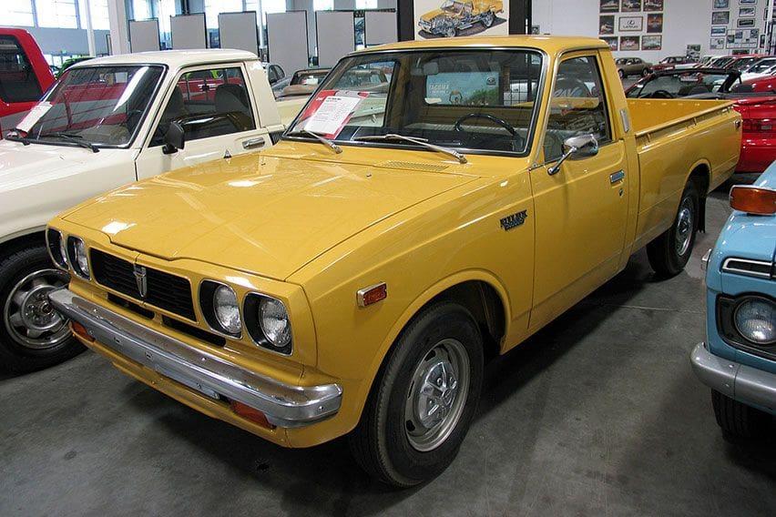 Toyota Hilux Generasi 2