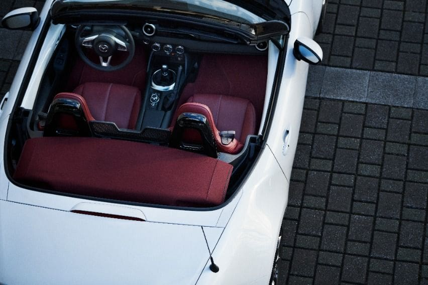 Mazda MX5 anniversary interior