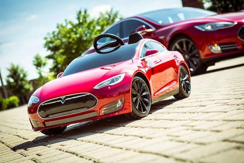 Radio Flyer Tesla Model S