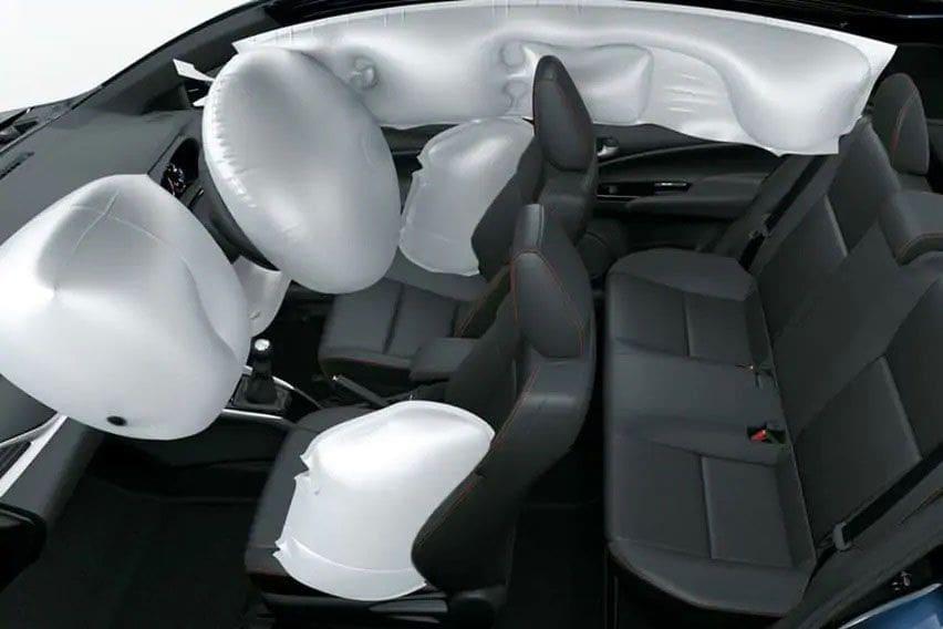 Toyota New Yaris interior