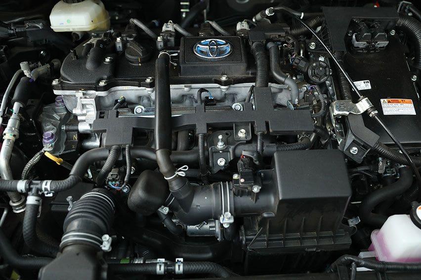 Toyota Corolla Cross Hybrid mesin