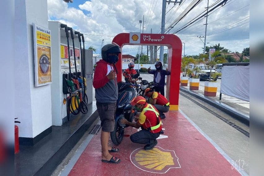 shell motorcycle lanes