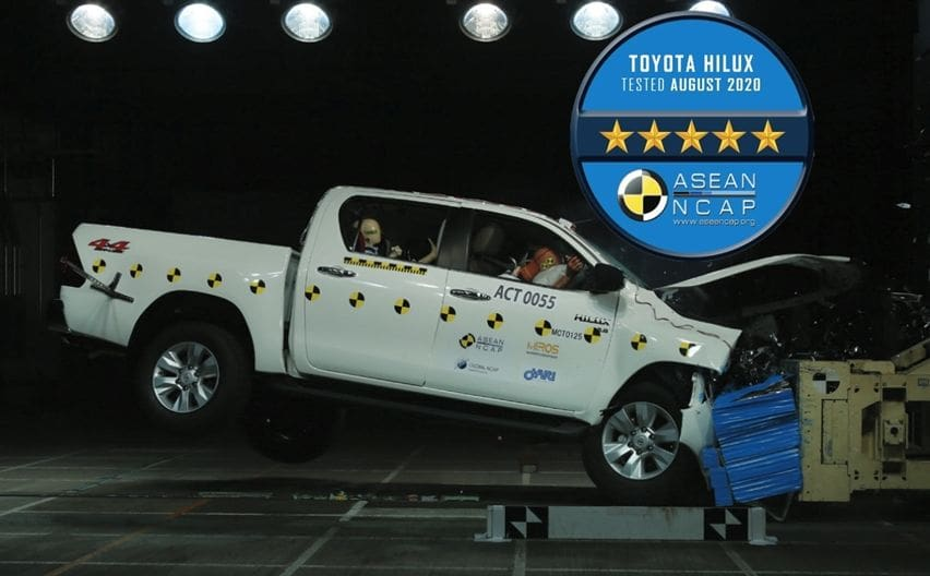 Toyota Hilux crash test