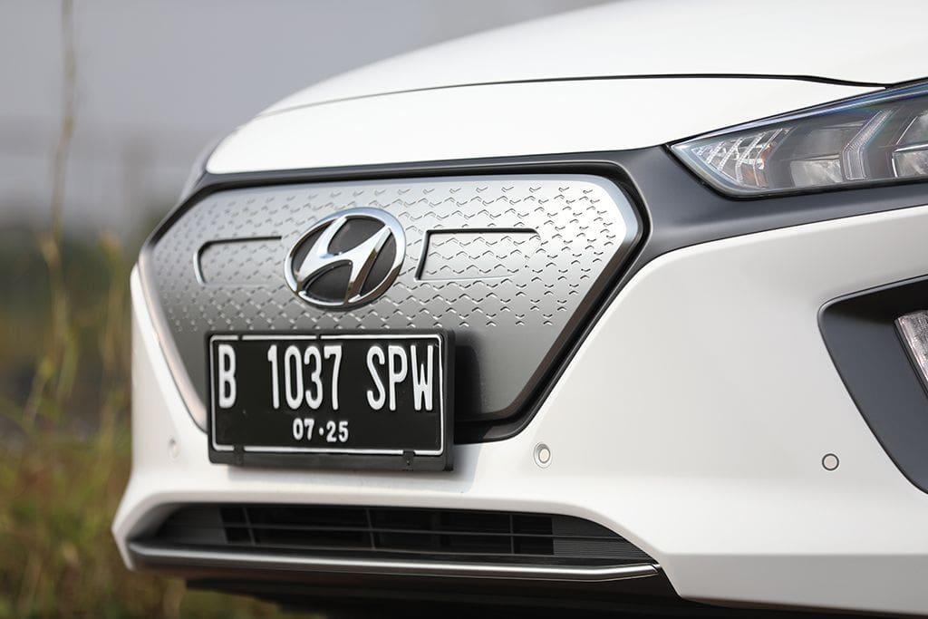 Review Hyundai Ioniq Indonesia