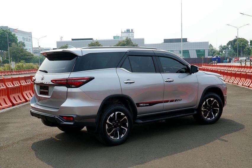 Bedah Varian Toyota Fortuner Baru, Bertabur Fitur Keselamatan dari Trim Termurah