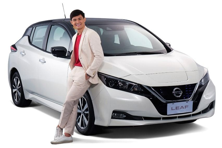 Matteo Guidicelli with the star, Nissan Leaf