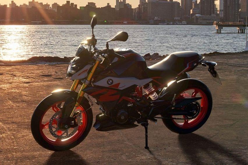 BMW Motorrad Rombak Penampilan S 1000 R dan G 310 R, Penuhi Standar Emisi Tanpa Koreksi Tenaga