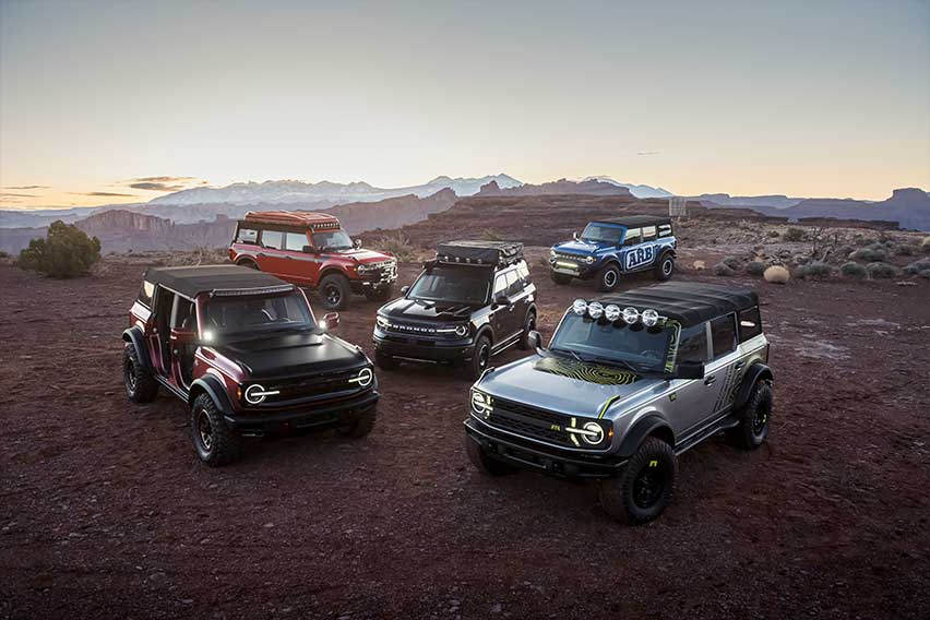 custom-ford-bronco-group-pic