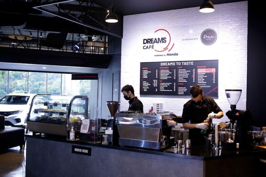 cafe honda pertama