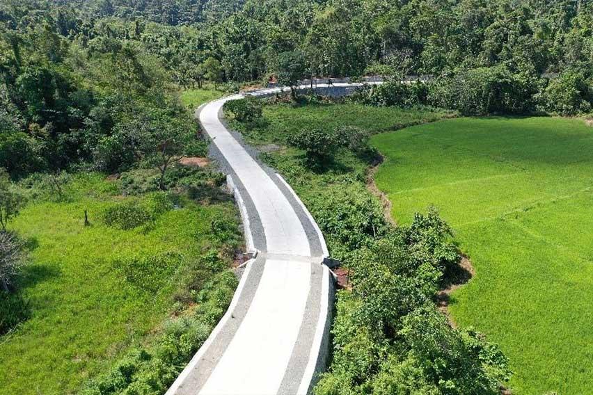 Diaman-Dikildit-Road-3