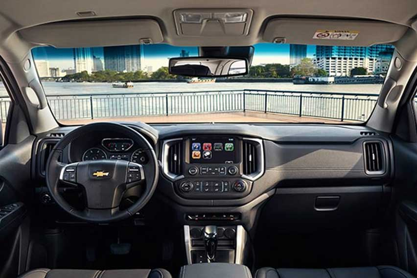 Chevy-Trailblazer-interior