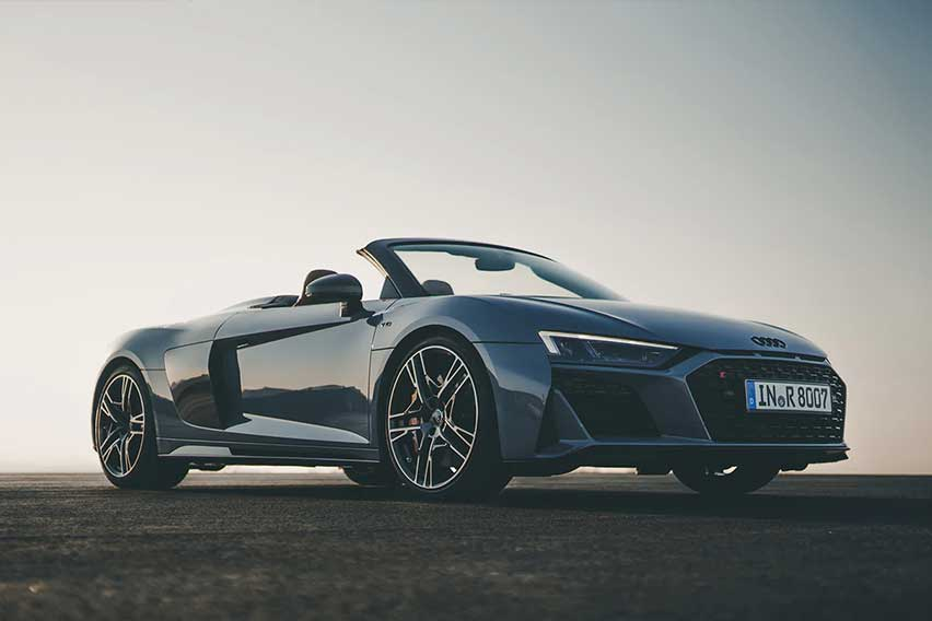 audi-r8-spyder-feature