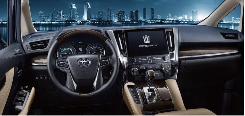 Toyota crown vellfire