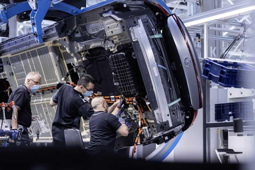 Mercedes-Benz-EQS-Factory-56-2