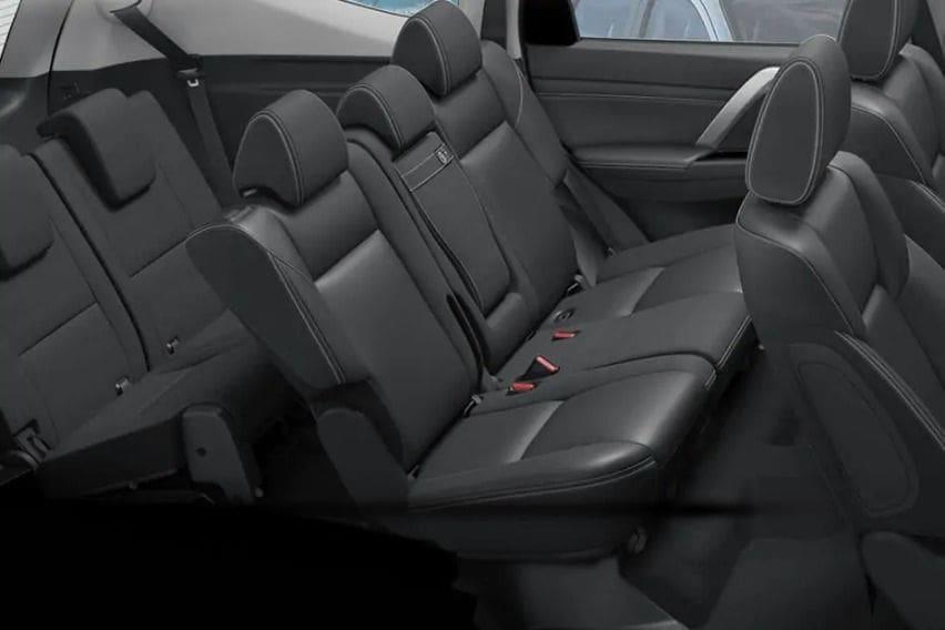 mitsubishi-montero-sport-rd-row-seat