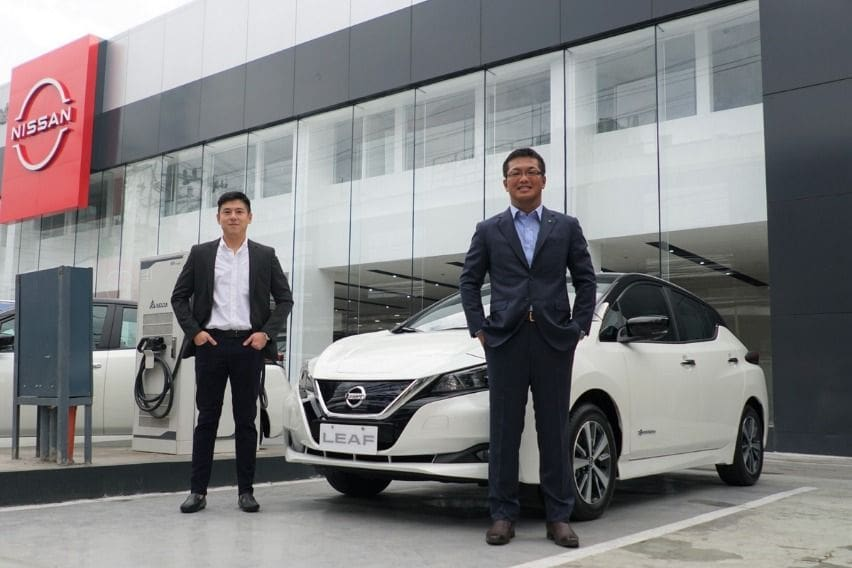 Nissan in the Philippines President and Managing Director Atsushi Najima with Gateway Motors Group Markane Goho