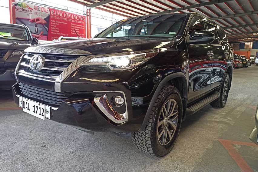 auto-royale-patrick-cang-fortuner
